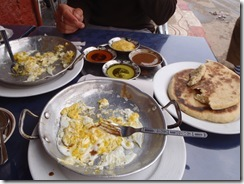 My fave breakfast... Eggs, flat bread and LOTS and LOTS of sauces!